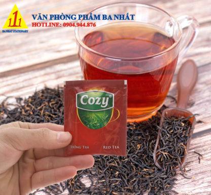 hồng trà cozy, cozy hồng trà, cozy red tea, hồng trà cozy hộp, hồng trà cozy bán ở đâu, trà cozy bán ở đâu tp hcm, trà cozy có bao nhiêu vị, trà cozy các loại, trà cozy giá sỉ, trà cozy giá bao nhiêu, giá trà cozy, trà cozy giá rẻ, trà cozy hòa tan, trà cozy mua ở đâu, mua sỉ thùng trà cozy ở đâu, bán hồng trà cozy, mua trà cozy hòa tan ở đâu, thùng trà cozy, hồng trà cozy giá rẻ