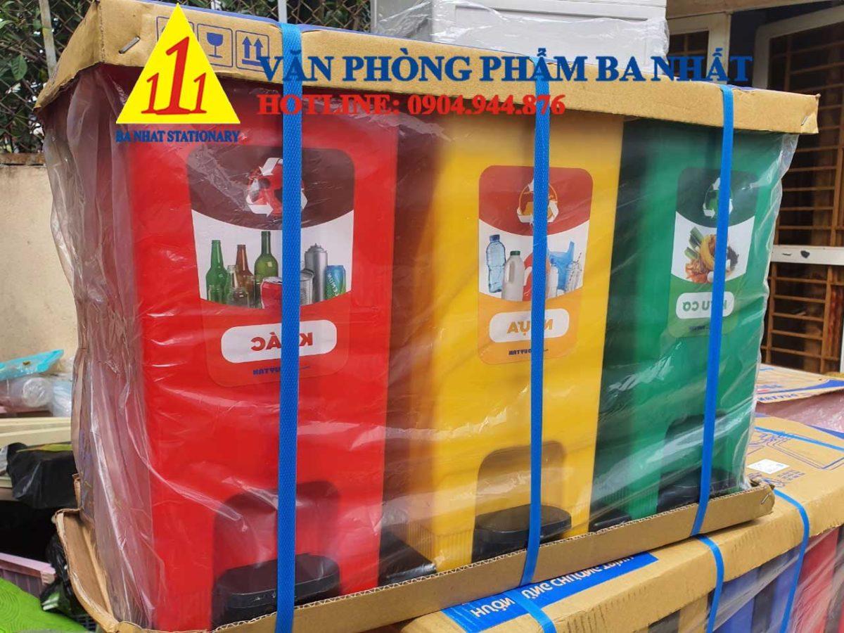 bộ thùng rác 3 màu, thùng rác phân loại 3 màu, Thùng rác bộ 3 eco Duy Tân, thùng phân loại rác 3 màu Duy Tân, bộ thùng rác phân loại Duy tân, thùng rác 3 màu, bộ 3 thùng rác phân loại Duy Tân